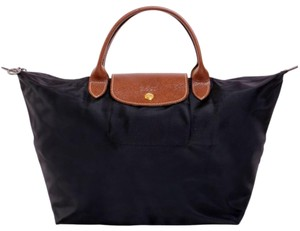 117af15e18830 Longchamp Tote in black
