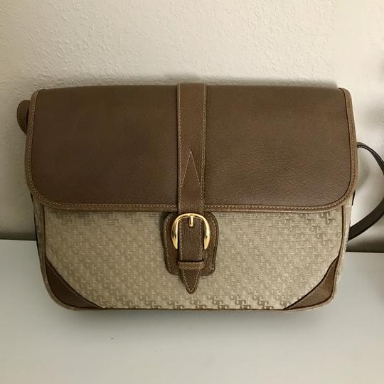 Gucci Accessory Gg Logo Vintage Cross Body Bag Image 1