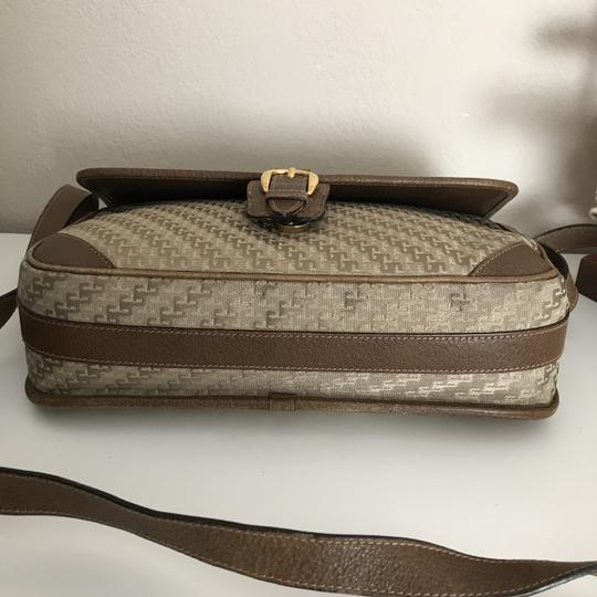 Gucci Accessory Gg Logo Vintage Cross Body Bag Image 3