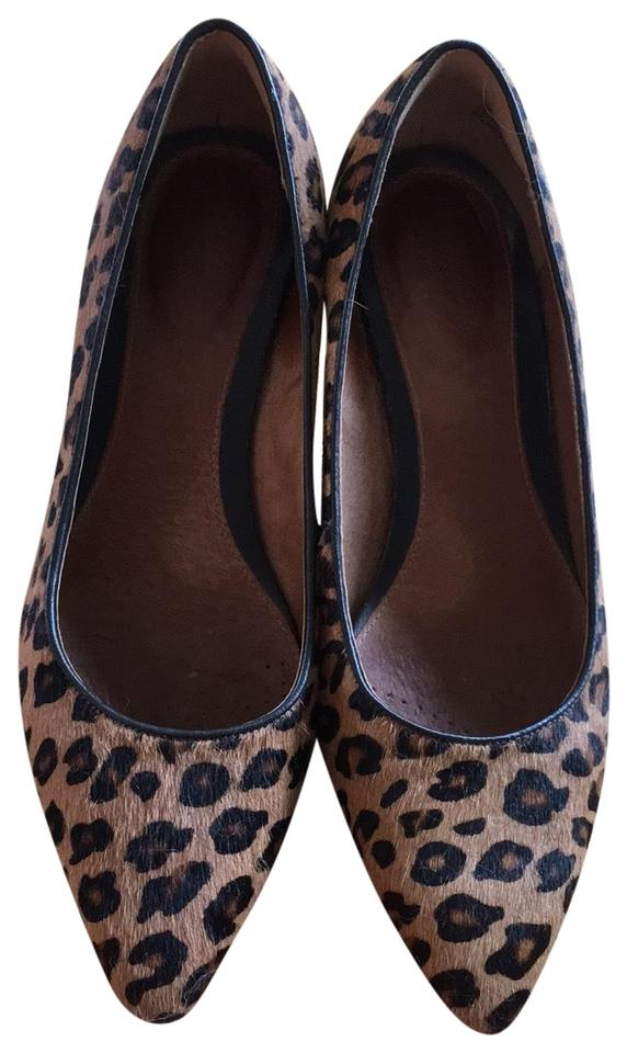 4697041c21f1 Clarks Animal Print Stylish Pointy Toe Pumps Size US 6.5 Regular (M ...