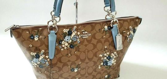 Coach Leather Zip Chain Monogram Floral Tote in khaki blue Image 9
