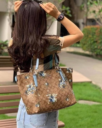 Coach Leather Zip Chain Monogram Floral Tote in khaki blue Image 10