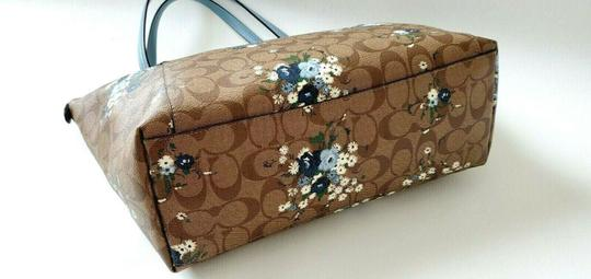 Coach Leather Zip Chain Monogram Floral Tote in khaki blue Image 5