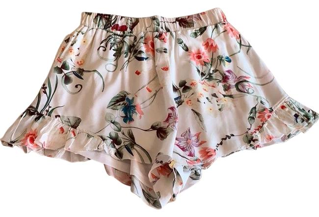 Preload https://img-static.tradesy.com/item/25149075/l-atiste-floral-ruffle-shorts-size-4-s-27-0-1-650-650.jpg