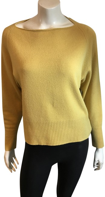 Preload https://img-static.tradesy.com/item/25149342/vince-3319-wide-neck-cashmere-yellow-sweater-0-1-650-650.jpg