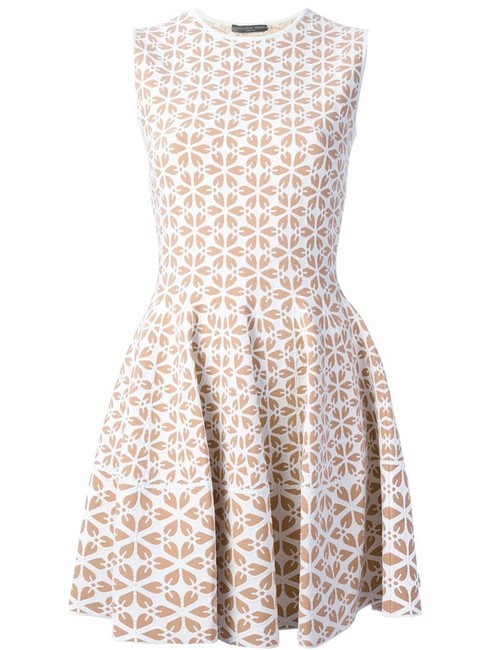 Preload https://img-static.tradesy.com/item/25149474/alexander-mcqueen-nude-and-white-cut-out-flower-jacquard-fit-and-flare-short-cocktail-dress-size-4-s-0-0-650-650.jpg