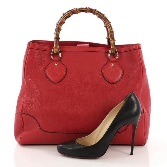 Gucci Leather Tote in red Image 1