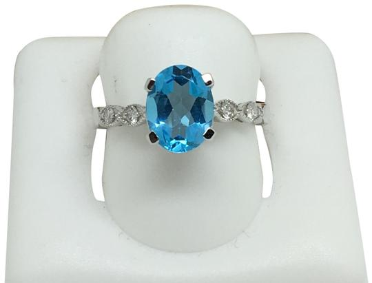 Preload https://img-static.tradesy.com/item/25149580/14k-white-gold-natural-diamond-and-blue-topaz-ring-0-1-540-540.jpg
