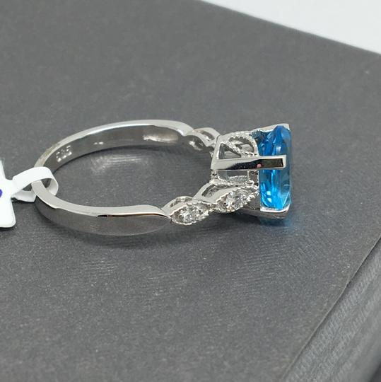 other 14K White Gold Natural Diamond and Blue Topaz Ring Image 2