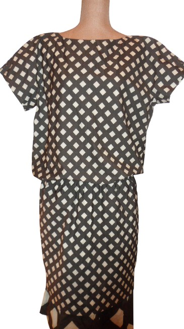 Preload https://img-static.tradesy.com/item/25149615/marc-jacobs-brownbeige-fab-ladies-color-and-shape-combination-mid-length-night-out-dress-size-10-m-0-2-650-650.jpg