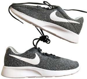 newest bcdcb d05d2 Nike gray white Athletic