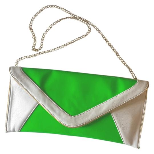 Preload https://item1.tradesy.com/images/steve-madden-by-neon-green-and-grey-patten-leather-leather-pvc-clutch-2514985-0-0.jpg?width=440&height=440