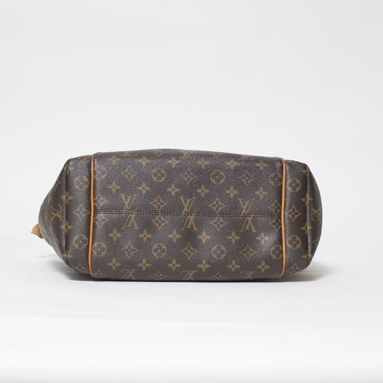 Louis Vuitton Totally Mm Monogram Tote in Brown Image 2