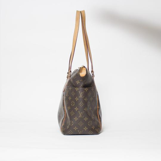 Louis Vuitton Totally Mm Monogram Tote in Brown Image 5