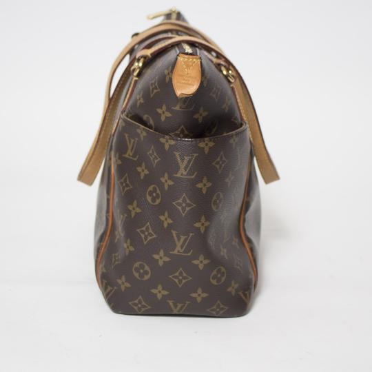Louis Vuitton Totally Mm Monogram Tote in Brown Image 6
