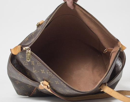 Louis Vuitton Totally Mm Monogram Tote in Brown Image 9