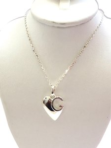 Gucci Gucci sterling silver g Charlotte heart necklace. 16 in