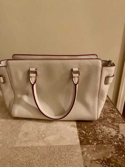 Coach Satchel in silver and cream Image 2