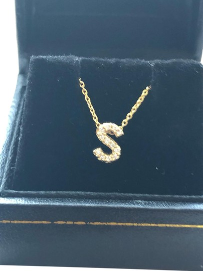 Preload https://img-static.tradesy.com/item/25151457/roberto-coin-yellow-gold-and-diamond-initial-necklace-0-1-540-540.jpg