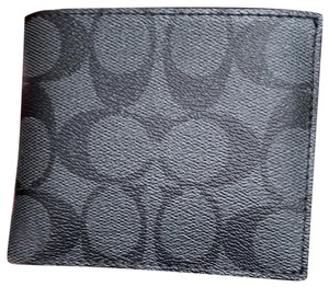 Coach NWT Coach F66551 ID Billfold Wallet in Signature Canvas Charcoal/Black