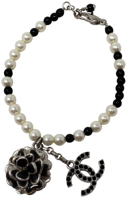 Item - Silver Silver-tone Strass Faux Pearl Floral Cc Charm Bracelet