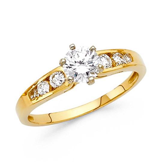 Preload https://img-static.tradesy.com/item/25152002/yellow-4-prong-1-ct-round-cut-tapered-with-sides-stones-cz-engagement-ring-0-0-540-540.jpg
