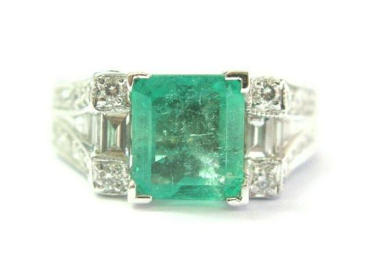 Preload https://img-static.tradesy.com/item/25152210/green-18kt-colombian-emerald-and-diamond-white-gold-255ct-ring-0-0-540-540.jpg