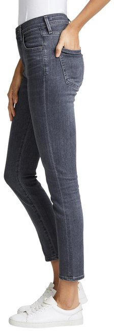 Preload https://img-static.tradesy.com/item/25152320/citizens-of-humanity-grey-medium-wash-rocket-crop-high-rise-skinny-jeans-size-26-2-xs-0-1-650-650.jpg