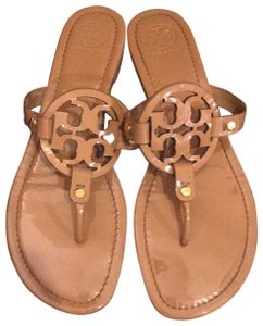 2cab2cb206c8 Tory Burch Shoes on Sale - Up to 70% off at Tradesy
