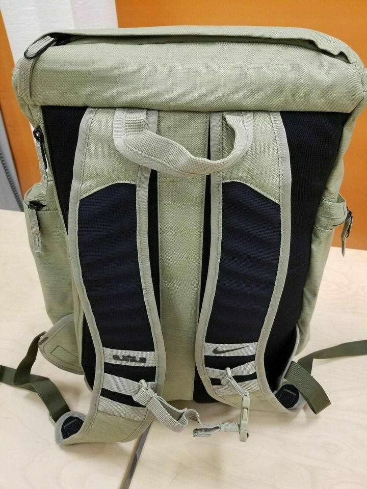 size 40 3c92a 765dc Nike Backpack Image 5. 123456