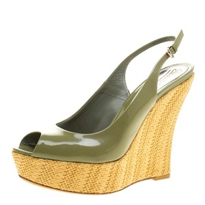 5f0cec90504eb Gucci Women s Shoes on Sale - Up to 70% off at Tradesy
