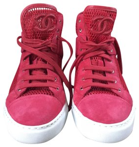 df2a393a74049 Chanel Sneakers on Sale - Up to 70% off at Tradesy