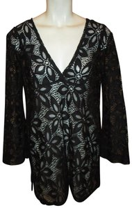J Valdi lace cover up