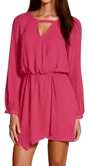 Preload https://img-static.tradesy.com/item/25158509/pink-crepe-long-sleeve-short-casual-dress-size-8-m-0-1-650-650.jpg