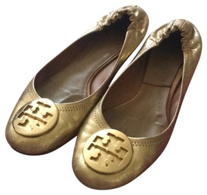 556e8eff7457 Women s Gold Tory Burch Shoes - Up to 90% off at Tradesy