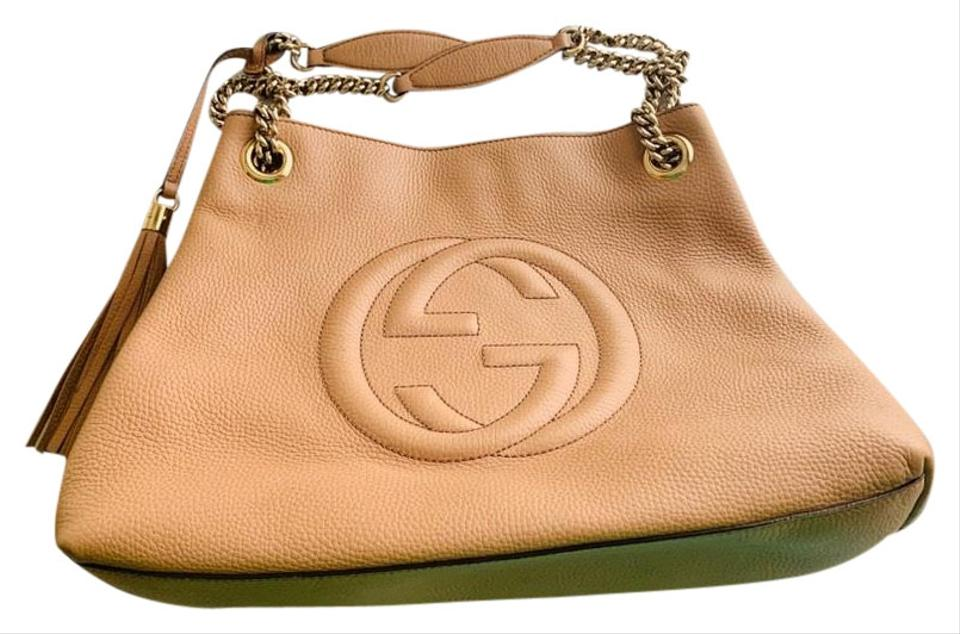 596403d4e59 Gucci Soho Chained W  Tassel and Hook Closure Camelia Camel Pebbled ...
