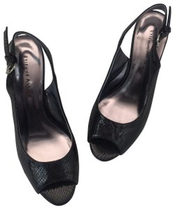 5f99a929fdb Women s Etienne Aigner Shoes - Up to 90% off at Tradesy