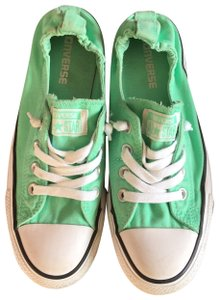 b02a34662505 Women s Converse Shoes - Up to 90% off at Tradesy