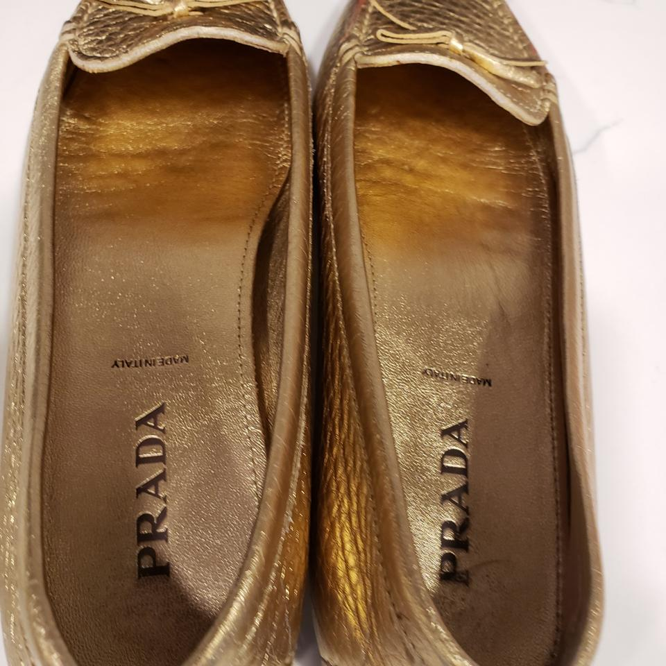 8d02e9cd20e Prada Gold Leather Driving Driver Moccasin Loafer Bow Flats Size EU ...