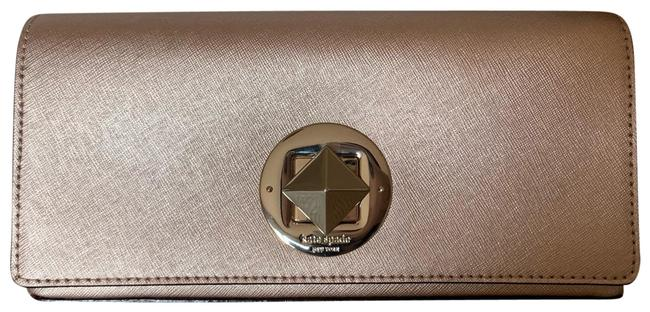 Item - Turnlock Wallet Rose Gold Saffiano Leather Clutch