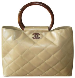 e85952aa6e28 Chanel Bags on Sale – Up to 70% off at Tradesy (Page 3)
