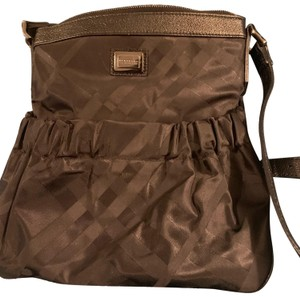 64bfcb3260ff Burberry Cross Body Bags - Up to 90% off at Tradesy