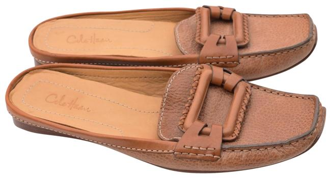 Item - Camel Leather Buckle Flat Mules/Slides Size US 7 Regular (M, B)