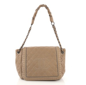 417196339eee Beige Leather Chanel Bags - 70% - 90% off at Tradesy (Page 4)