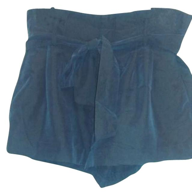 Item - Navy Bow Belted Shorts Size 6 (S, 28)