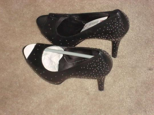 Report Signature BLACK WITH STUDS Pumps