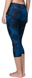 Lululemon Wunder under floral print leggings