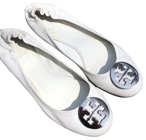 Tory Burch white and silver Flats