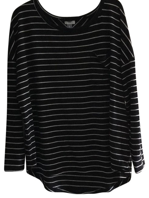 Old Navy White Black Stripe Sweater Old Navy White Black Stripe Sweater Image 1