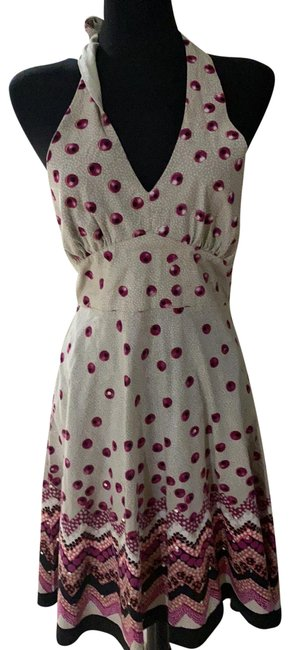 Item - Gray/Pink/Black Unknown Mid-length Short Casual Dress Size 6 (S)